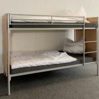 Metall Etagenbett Erik mit Holz-Teilverkleidung Ganzes Bett